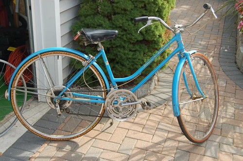 Ladies Schwinn Suburban