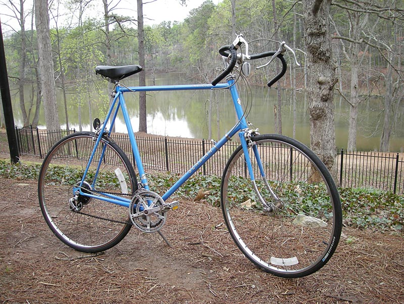 Schwinn traveler dating, thick girl squirt in his mouth