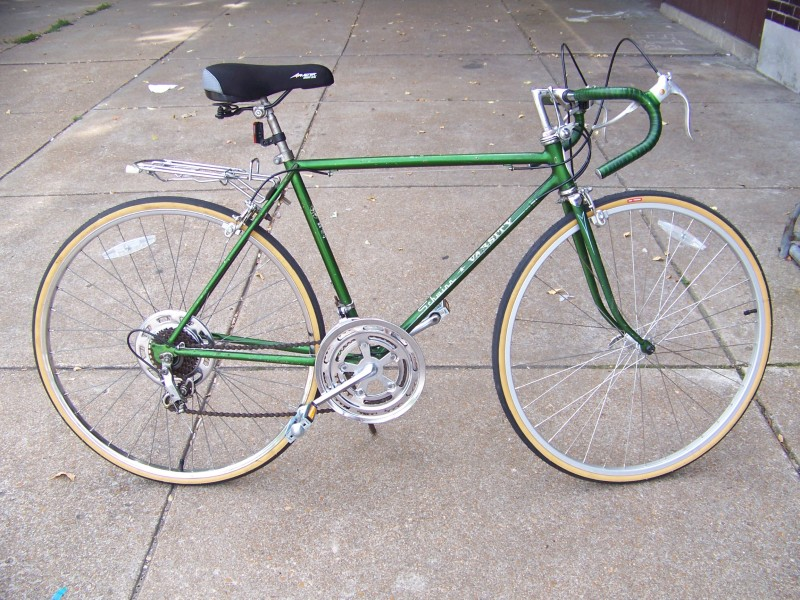 Joseph B.'s 1973 Schwinn Varsity